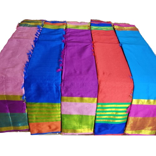 Plain Silk Saree Graceful Festive Wear